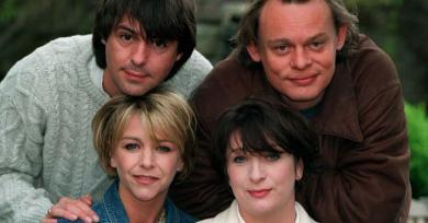 Neil Morrissey reveals Men Behaving Badly stars desperate for sitcom to return to the screen for new series