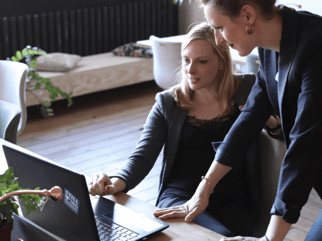 The Lifehack Show Episode 4: Succeeding at Business as a Woman Entrepreneur